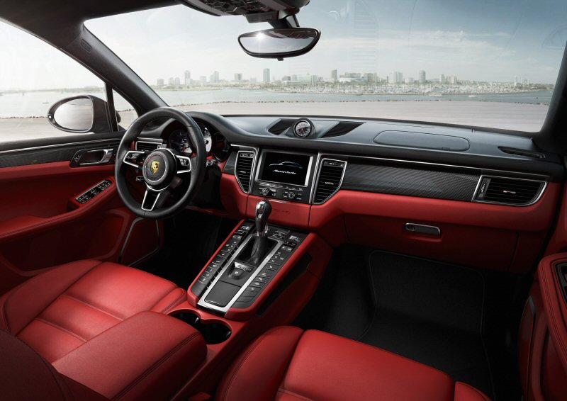 2014 Porsche Macan Turbo interior.