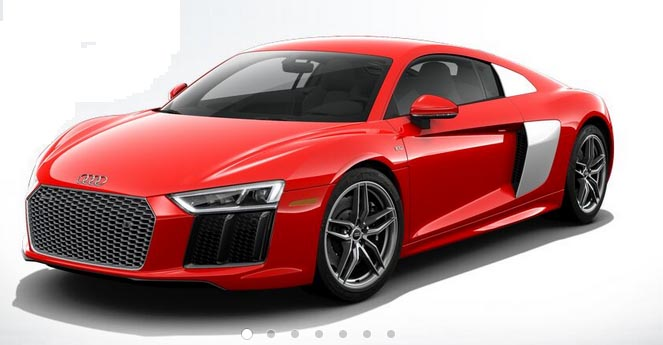 The V10 plus exterior is characterized by numerous finishing touches in carbon, including a striking spoiler that increases the downforce on the rear axle and enhances the overall athletic impression.