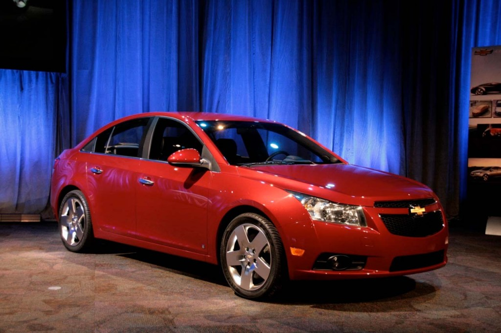 2011 Chevrolet Cruze has a body structure that is 65 per cent high-strength steel