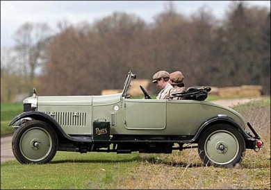 AC sports car, one of the many cars featured on the Downtown Abbey TV series.